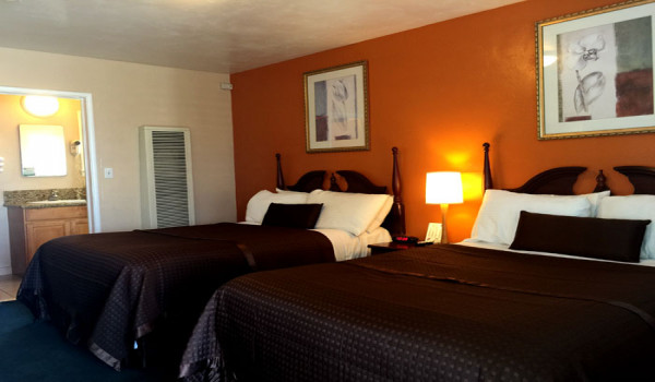 Holland Inn & Suites - 2 Bed Room